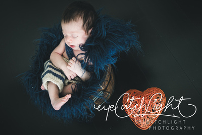 Custom newborn and maternity photography is your once-in-a-lifetime experience personalized to capture the <strong>natural story of your most recent family member</strong> and to create your heirloom